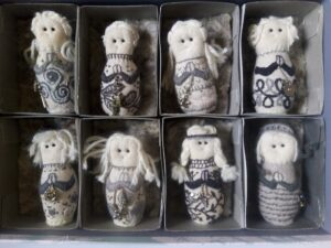 Stump Dolls